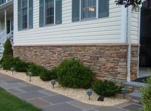 Вид искусственного камня на доме