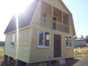 Каркасный дом с балконом и террасой 4