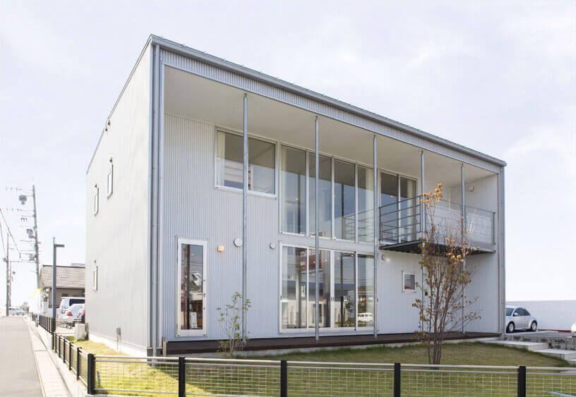Каркасный дом в стиле минимализм