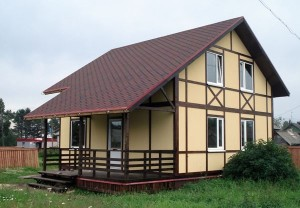 Каркасный дом на участке